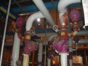 緩閉逆止閥與水錘吸收器一-工業供水